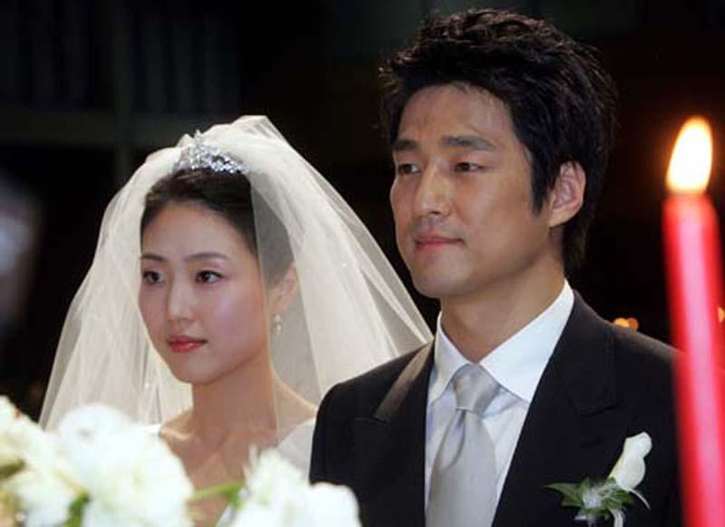 チ・ジニと妻